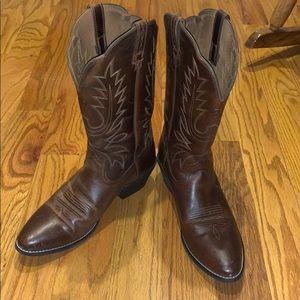 Men's Ariat Pointed Toe Cowboy Boots sz. 11